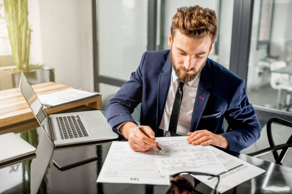 Les bons plans pour embaucher un comptable fiscaliste pour les freelances