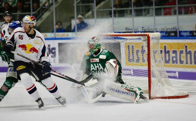 Le hockey est un sport de contact qui implique des équipes de patineurs.