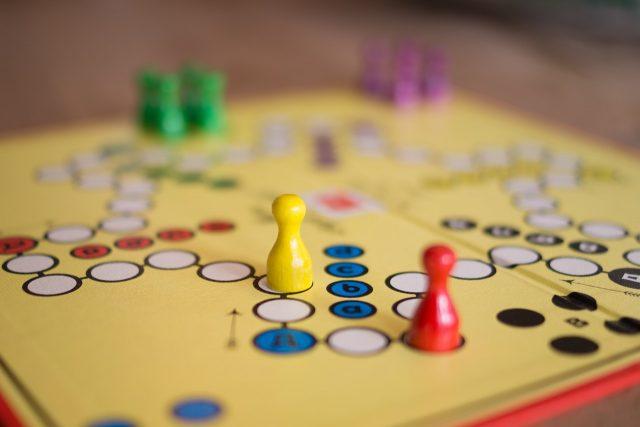 Qu'est-ce qu'un jeu de société?